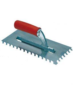 platoir à dents inclinées 10x10mm en 28x13 cm